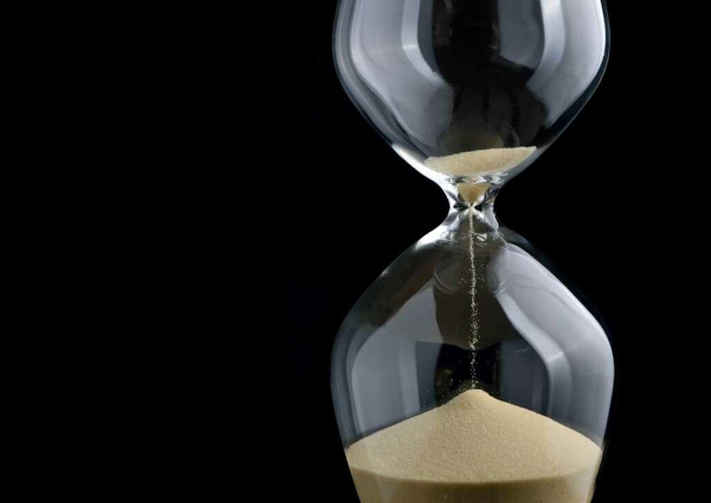 Ampulheta - Pouco Tempo nas reuniões de captação de recursos