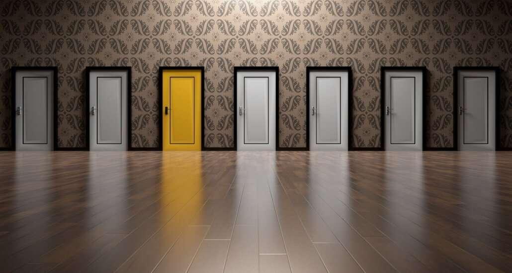 captacao de recursos com realização de eventos - imagem com portas